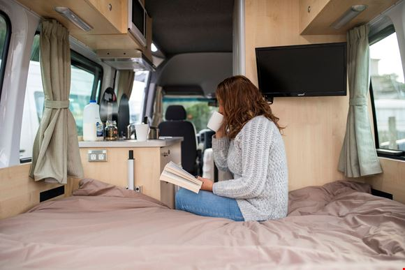 Apollo Euro Tourer 2 Berth Flex Rates 2017 New