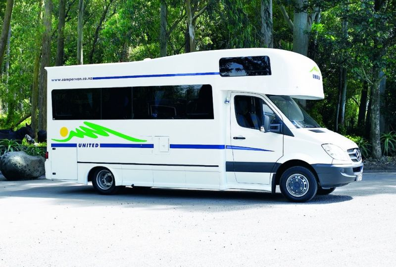 United Premier 4 Berth Auto One Way Hires 4 5 Berth