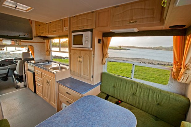 wendekreisen budget 4 4 5 berth motorhome new zealand motorhomes. Black Bedroom Furniture Sets. Home Design Ideas