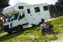 RV Rentals Luxury Euro 4 Berth