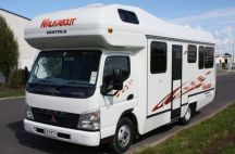 Walkabout Mitsubishi Fuso Luxury 6 Berth